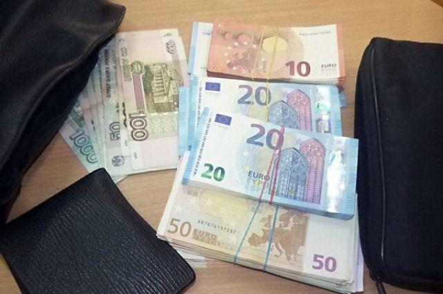 Калининградец может сесть в тюрьму за нарушение валютного законодательства.