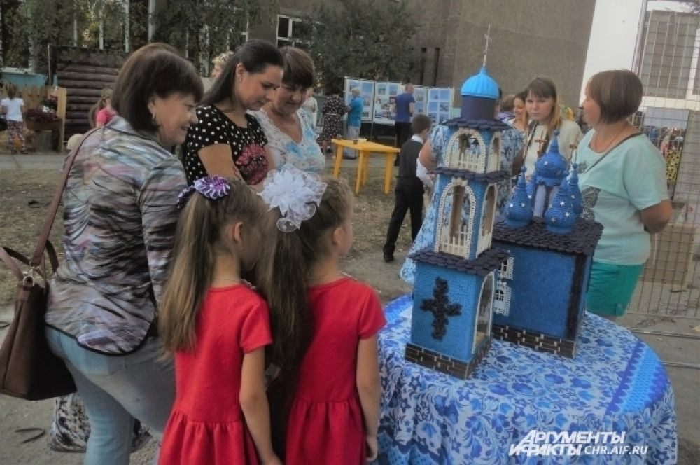 Работа Галины Бобковой вызвала восхищение и у детей, и у взрослых