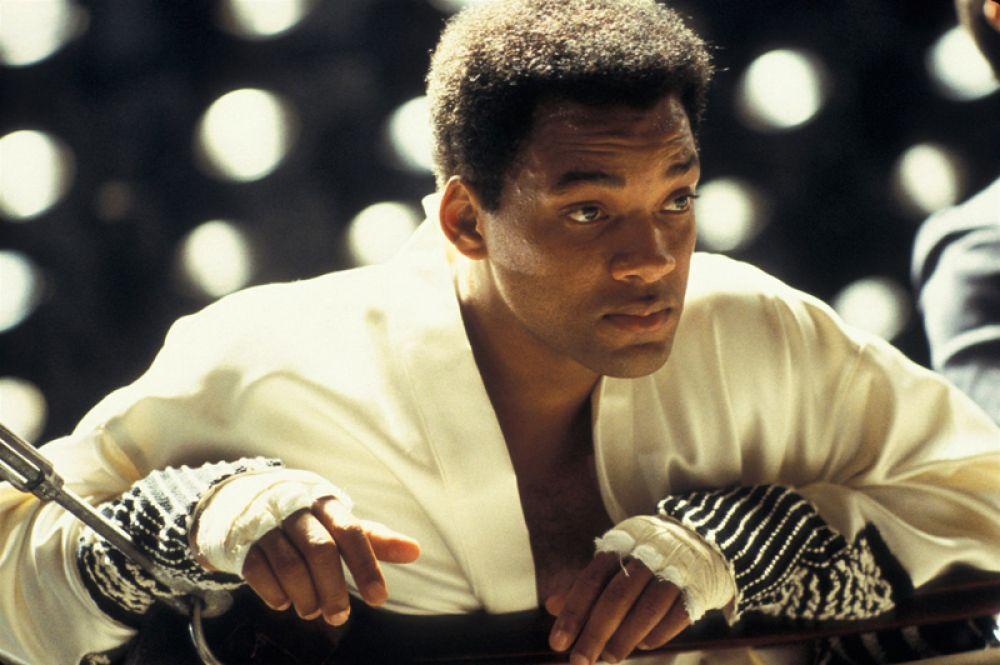 В начале 2000-х годов Смит сосредоточился на более серьезных проектах. За роль Мохаммеда Али в одноименном байопике актер был номинирован на «Оскар».