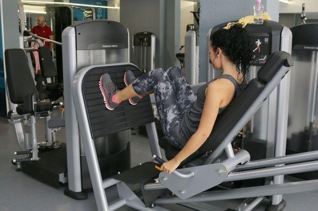 Первые дни прорабатывайте все группы мышц.