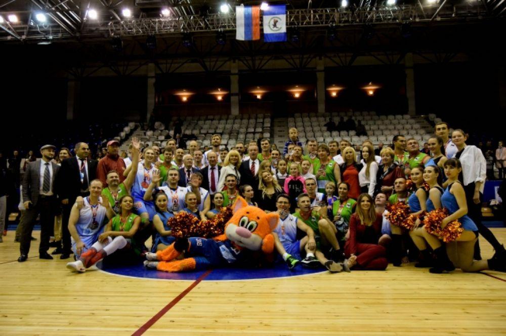В «битве» сошлись две команды – «Иркутская область» и «Звезды форума».