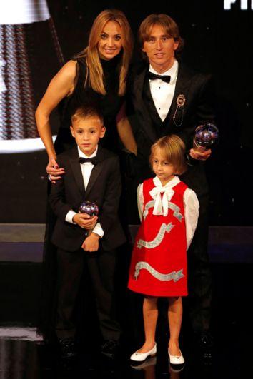 Лука Модрич с семьей.
