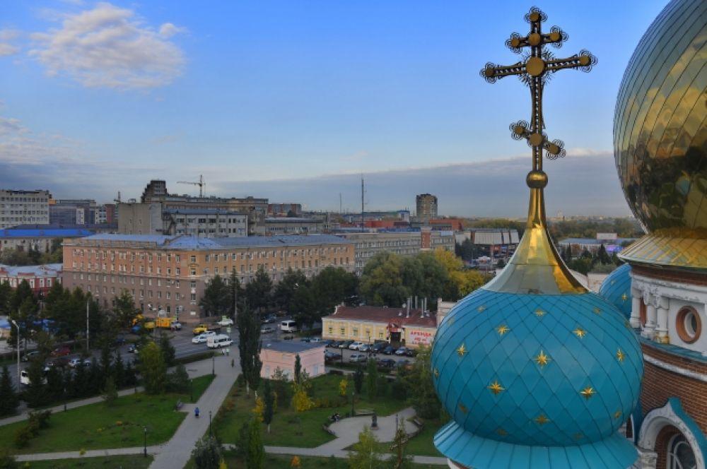 Один из куполов успенского собора.