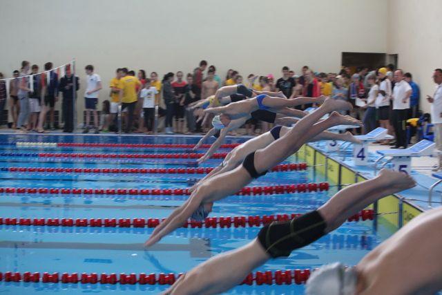 Любой вид спорта - азарт победы, здоровье и сила.