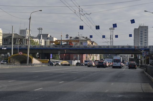 Омский метромост и метро потенциально опасны.
