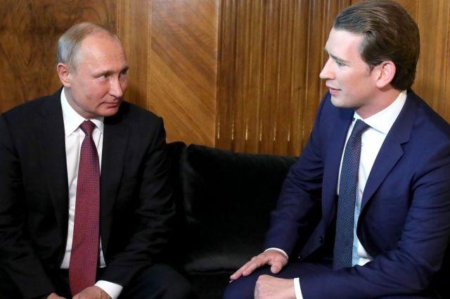 Стали известны темы разговора В. Путина  иКурца вПетербурге