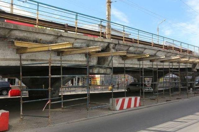 В Киеве в октябре могут демонтировать Шулявский мост