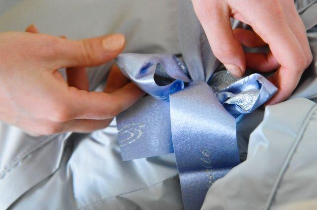 В Тюмени проводится ежемесячный розыгрыш подарков для новорожденных