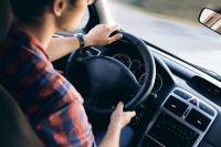 Приставы выяснили, что у мужчины есть иномарка Mazda CX-9. И приняли решение арестовать её в счёт уплаты задолженности. И это сработало.