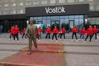 В Тюмени появилась новая скульптура «Добро пожаловать!»