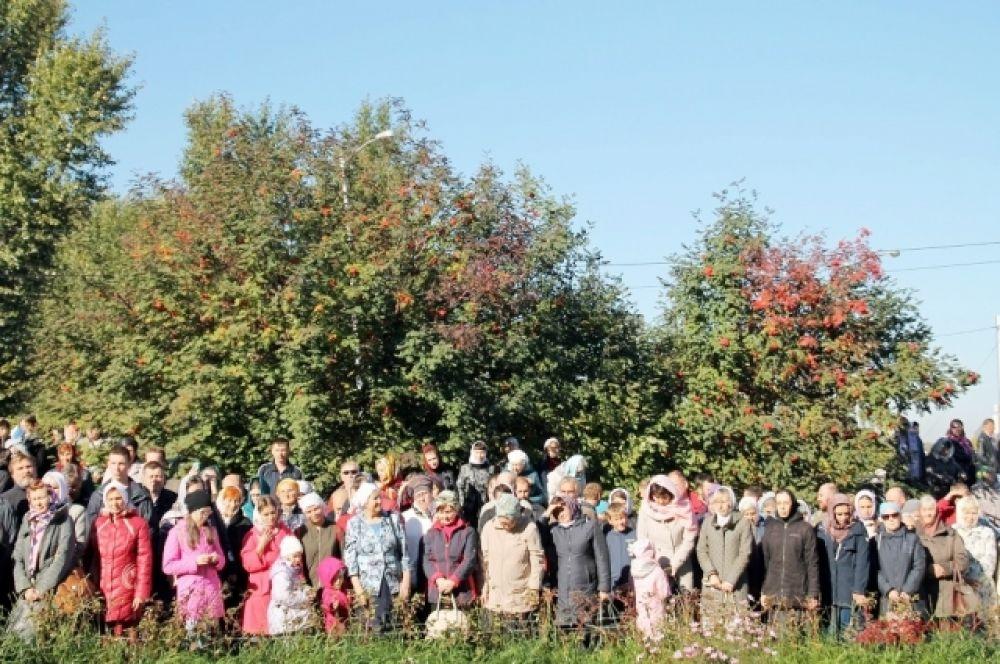 Участие в мероприятии приняло большое количество прихожан.
