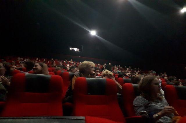 В Тобольске задержали подозреваемого в краже сумки из кинотеатра
