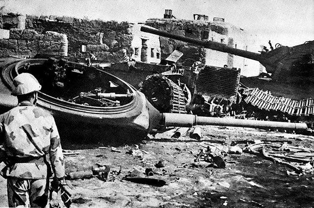 Уничтоженные израильские танки возле египетского города Исмаилии.