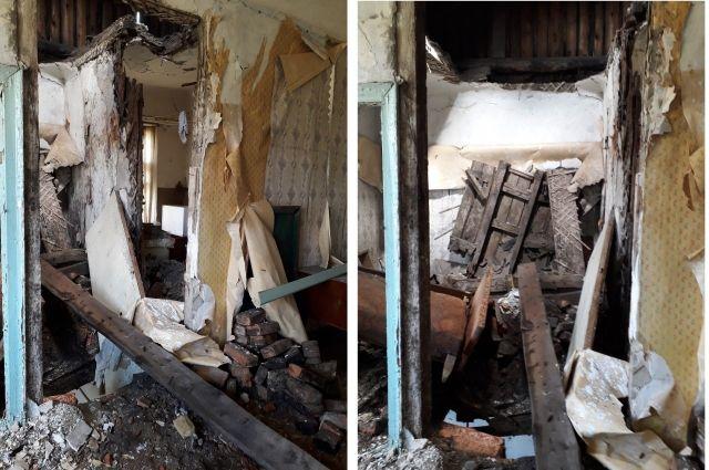 Дом барачного типа построен в 1950-х годах. На втором этаже здания рухнули несущие стены, провалился пол, кровля протекает. Накануне зимы люди вынуждены жить в доме, полном дыр.