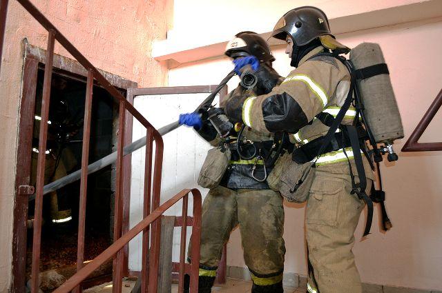 При пожаре в Ялуторовске пострадали женщина и двое детей