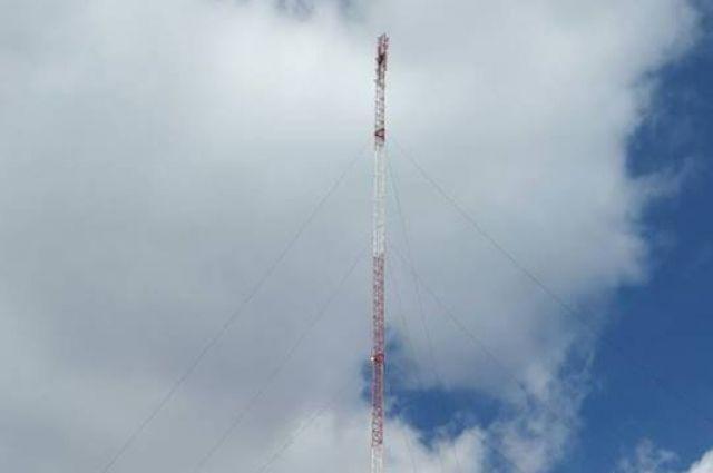 В Донецкой области построили телебашню, которая будет транслировать украинские телеканалы по всей области.
