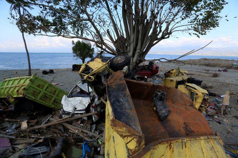 Береговая линия Палу после землетрясения.