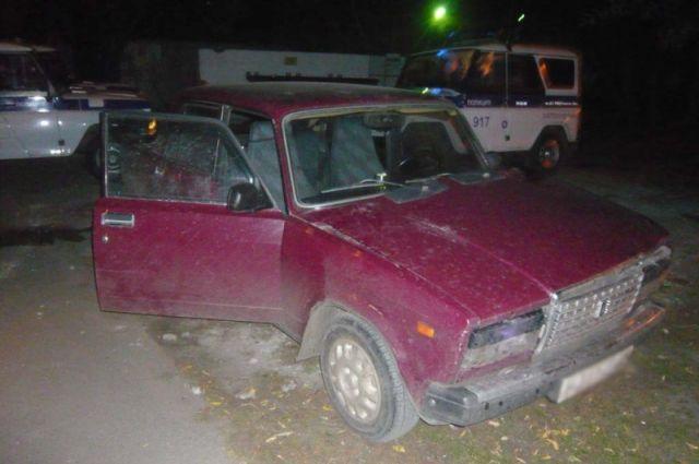 Автомобиль серьёзно повреждён, его владелец оценил сумму причиненного ущерба в 50 000 рублей.