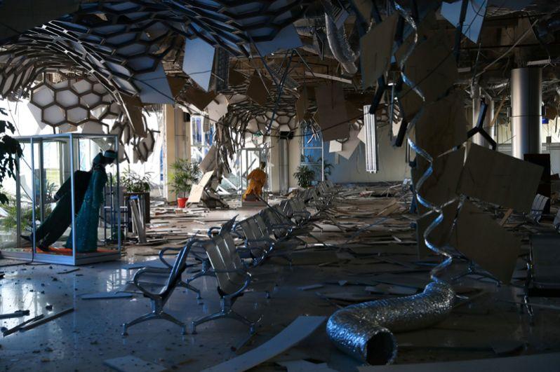 Здание аэропорта Палу, разрушенное в результате природного ЧП.