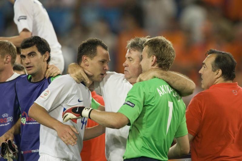 Благодаря блестящей игре вратаря сборная становится бронзовым призером Евро-2008.