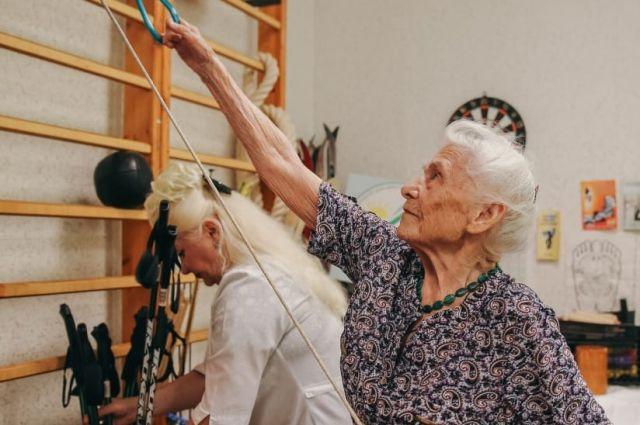 Антонина Чусова проводит каждый день в спортзале.