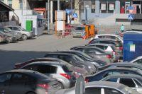 В Тюмени на улице Республики уменьшат часть парковки