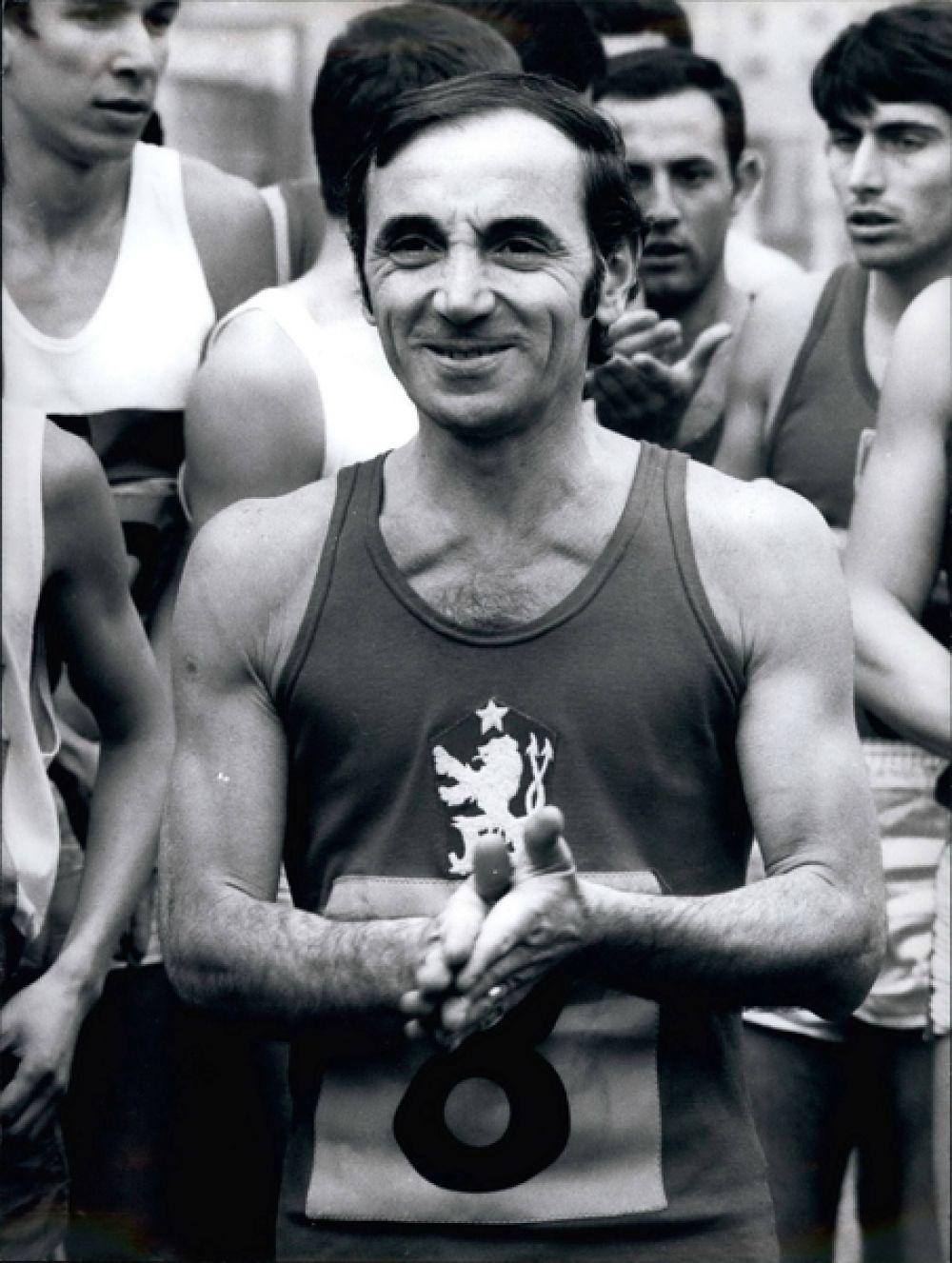Шарль Азнавур на съемках фильма «Игры». 1970 год.