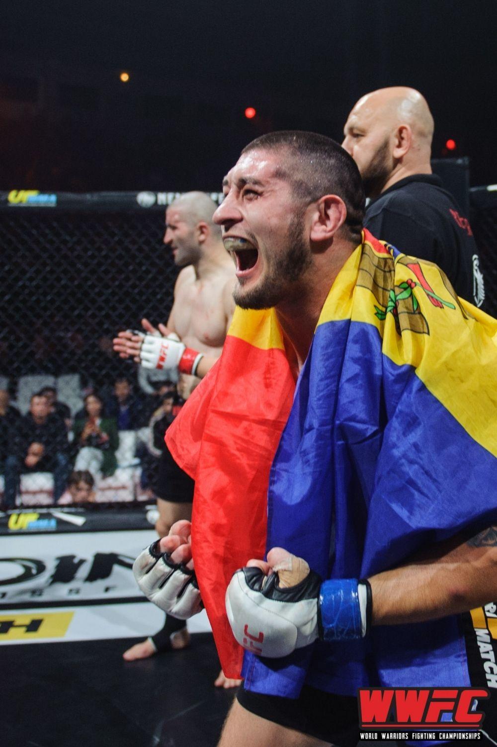Еще один чемпион в весе до 77 кг - Михай Котруцэ, который сражался за свой титул с албанцем.