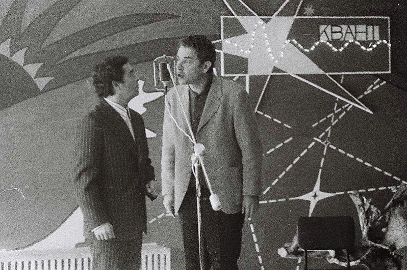 Роман Карцев и Виктор Ильченко на встрече в студенческом клубе НГУ «Квант». 1975 год.