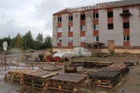 Строительство домов в Хохряках началось летом 2014 г.