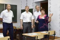В Абатской школе появятся новое оборудование и мебель