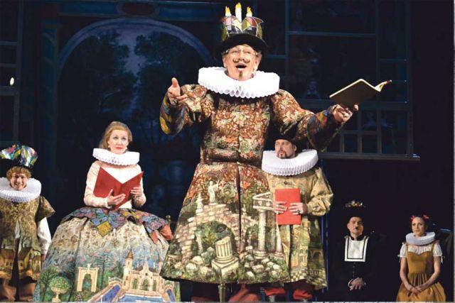 Театр неотделим от жизни, он всегда реагирует на то, что происходит за его стенами.