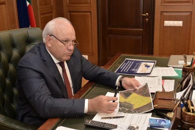 Действующий глава Виктор Зимин первым снял свою кандидатуру с выборов.
