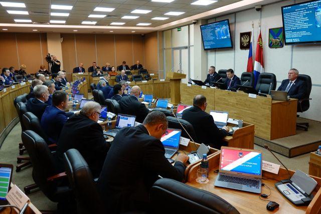 Решение социальных проблем края для приморских депутатов - в приоритете.