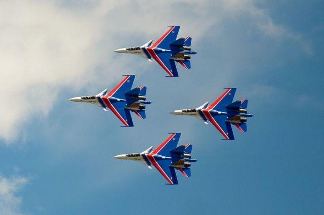 «Русские витязи» - это единственная группа в мире, выполняющая групповой пилотаж.