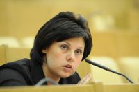 Сенатор Елена Афанасьева покинула пост зампреда конституционного комитета.