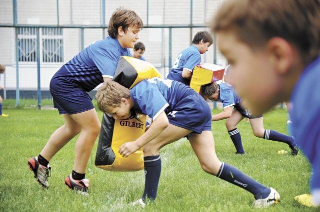 Даже если у ребёнка проблемы со здоровьем, школа не всегда имеет возможность организовать занятия в группах.