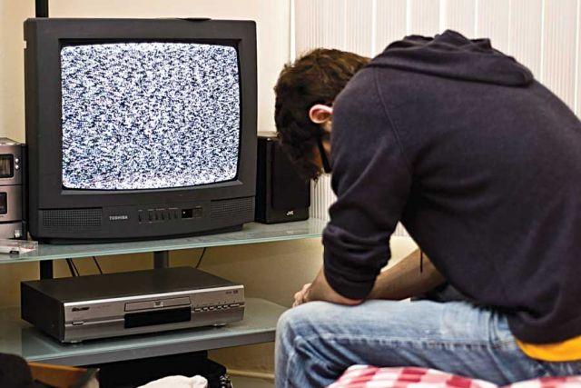 После январских праздников старый телевизор может превратиться в бесполезный ящик.