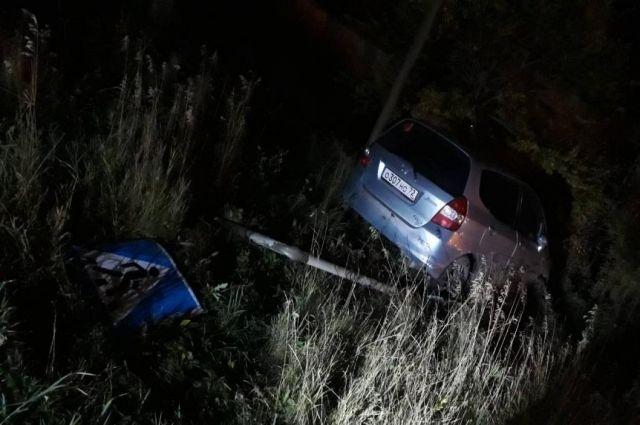 В Тюмени во время сплошной проверки пьяный водитель попал в ДТП, удирая от ГИБДД