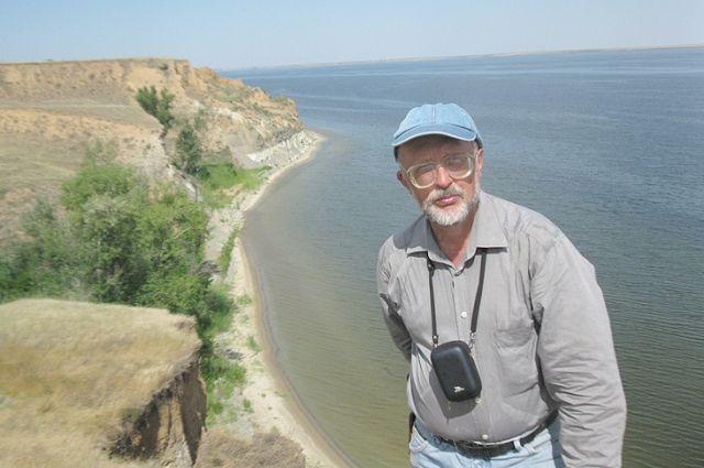 Окрестности Суводской известны геологическим памятником Александровский грабен.