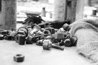 В Тюмени два парня угоняли автомобили и продавали по запчастям