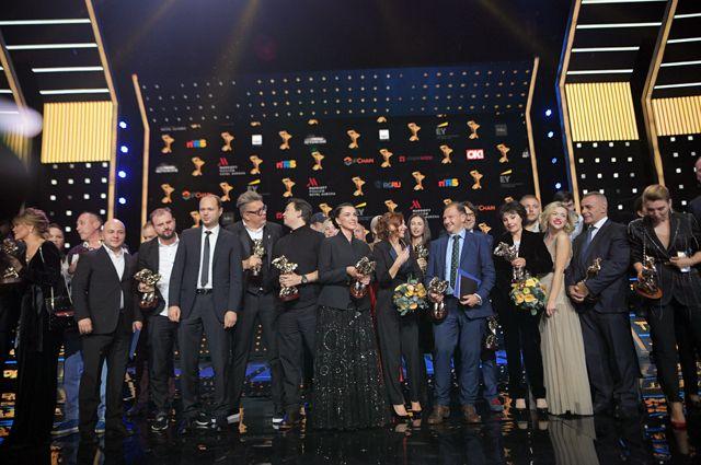 После церемонии награждения в номинации «Вечерний прайм» в театре «Россия».