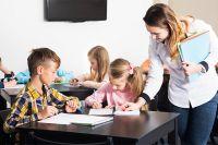 Проект «приводит в школу» молодых педагогов, которые становятся для детей из сел и маленьких городов проводниками в интересный мир...