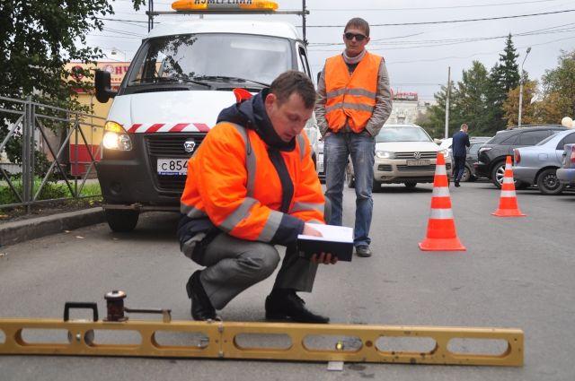 За ремонтом дорог осуществлялся строгий контроль.