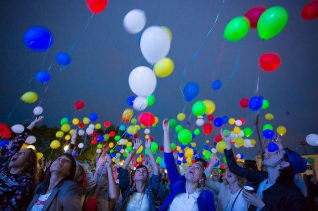 В Оренбуржье подорожали воздушные шары из-за ремонта на гелиевом заводе?