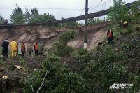 Во время землетрясения 2004 г. под Светлогорском пострадала железная дорога.