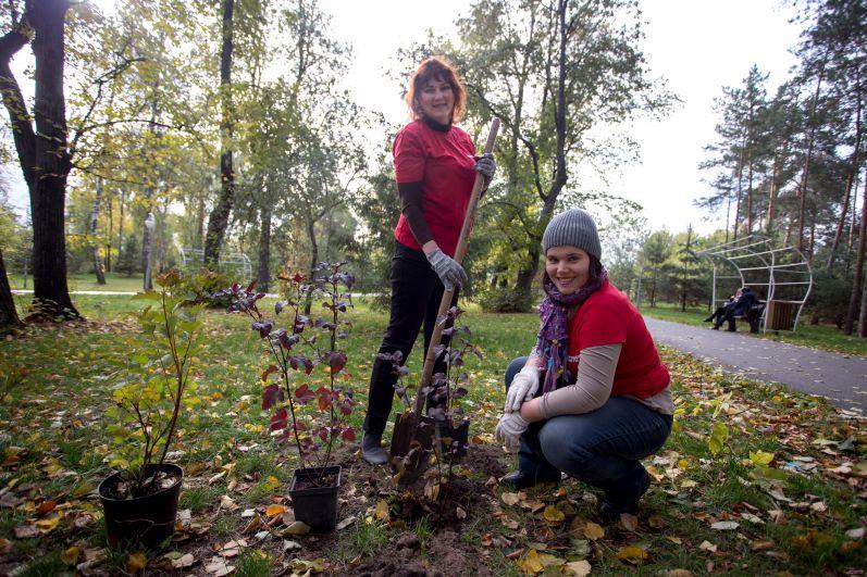 Сотрудники редакции - корреспондент Ольга Любимова (слева) и редактор Дарья Парфенова.