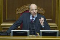 Парубий готов передать заявление о мерах против двух телеканалов Порошенко