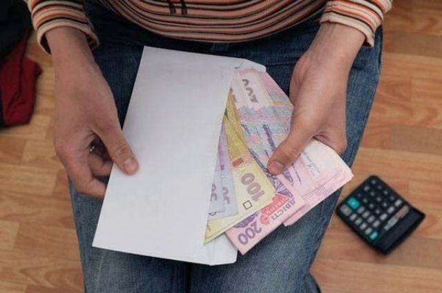 Зарплаты в конвертах: названо количество неофициальных работников в Украине