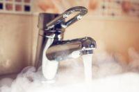 Вода отключена в более 30 домах столицы.